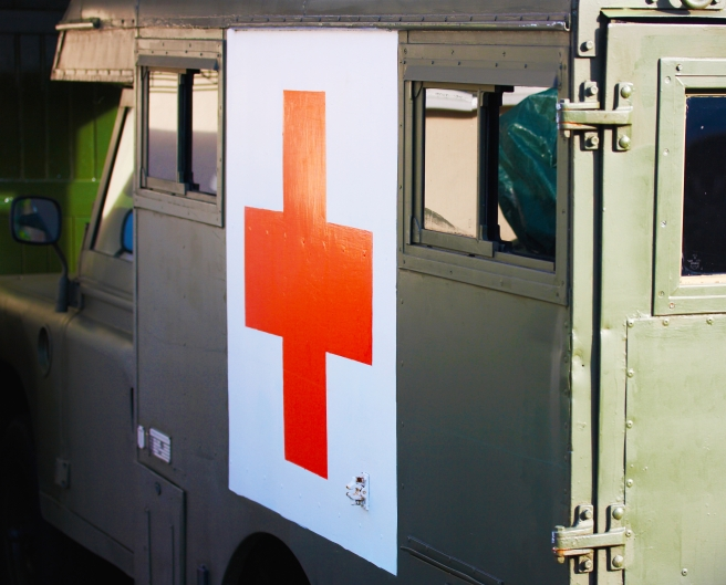 old-fashioned-ambulance-with-red-cross_fJxo-HP_.jpg